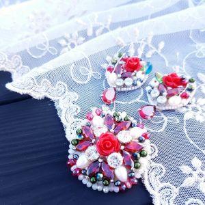 Комплект прикрас з натуральними перлами та кристалами
