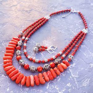 Серебряные украшения с натуральными камнями Комплект коралловый цвета лосось стильное этно колье и серьги