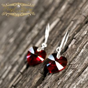 Серьги с камнями сваровски Серебряные серьги с Swarovski hearts кристаллами сердце