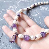Кольє з натуральних перлів та аметисту з цирконами