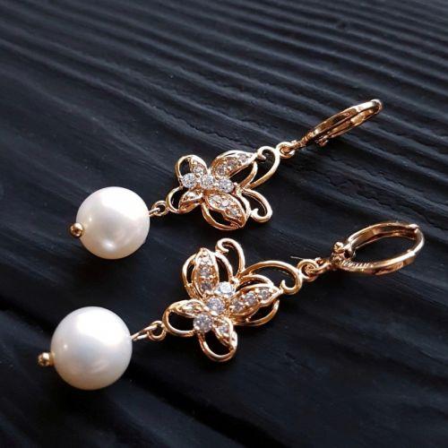 Сережки з натуральних перлів високого класу у позолоті