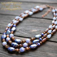Ожерелье трехрядной из натурального лазурита и кварца