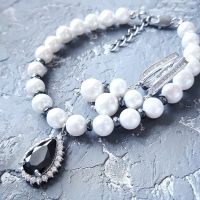 Комплект из натурального жемчуга браслет и серьги с кристаллами циркона