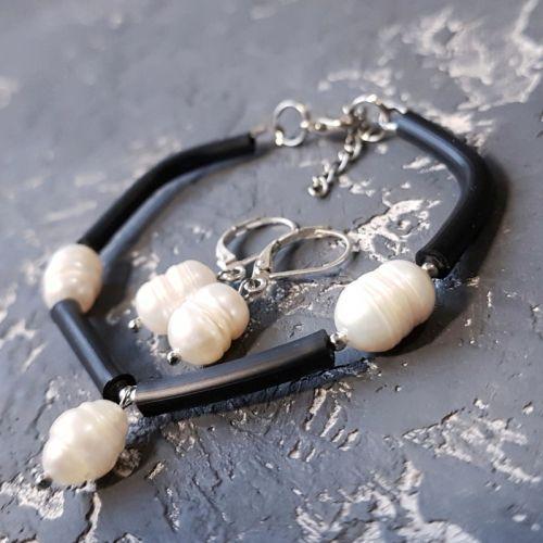 Стильный комплект браслет серьги с натуральным жемчугом