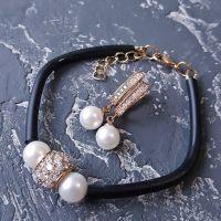Браслет з натуральними перлами та позолочені сережки