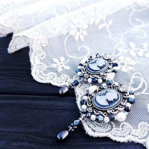 Серьги из бисера Сережки с камеей, жемчугом и серебряными застежками