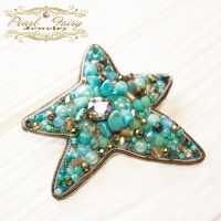 Брошь морская звезда с кристаллами Swarovski и бисером