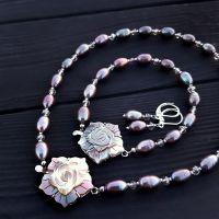 Сет з трьох прикрас натуральні перли та баламути