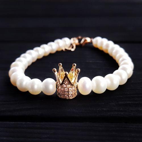 Браслет из натурального жемчуга с короной, инкрустированной кристаллами