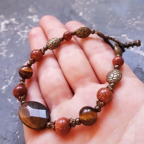Браслет с натуральным камнем тигровый глаз и авантюрином