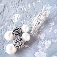 Серебряные серьги с натуральным белым жемчугом
