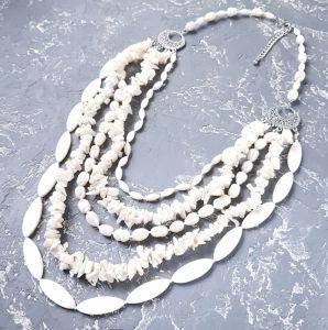 Намисто з перлами  Пишне намисто з натуральних перлів та баламутів