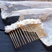 Гребінь діадема, розшита натуральними перлами