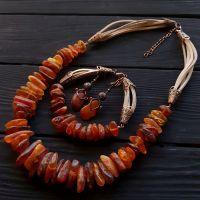 Комлпект из натурального янтаря колье браслет серьги