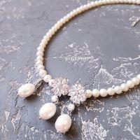 Комплект кольє та сережки з натуральними перлами