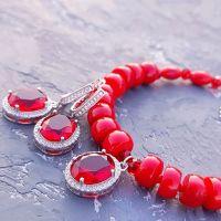 Комплект з натуралнього коралу у сріблі браслет та сережки