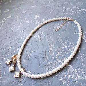 Jewelry sets Комплект з натуральних перлів і кристалів кольє сережки