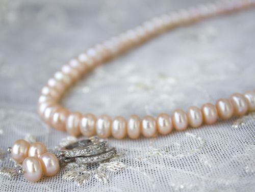Серебро и жемчуг персиковый комплект