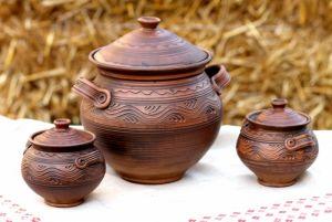 Керамика ручной работы Кастрюля и две чанашници