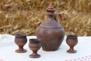 Керамика ручной работы Бутыль и бокалы для вина