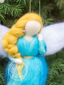 Куклы ручной работы Фея украшение на елку из шерсти. Ангел валяная кукла в технике фелтинг