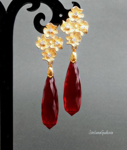 Серьги с рубиновыми топазами Арабелла