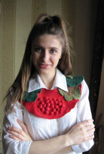 """Ожерелье - воротничок войлочное """"Родная Калина"""""""