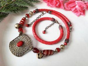 Комплекты Красный с колокольчиками