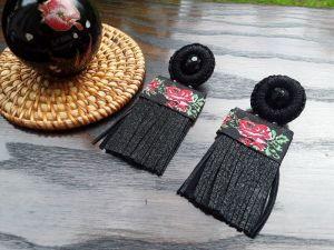 Серьги из бисера Серёжки-пусеты к вышиванке черные 2