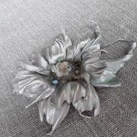 Брошь Серебряная цветок