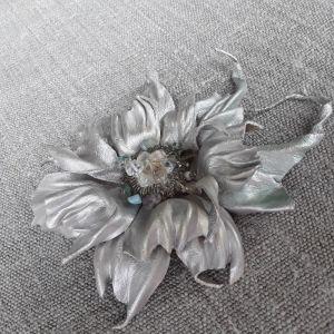 Брошь из кожи Брошь Серебряная цветок