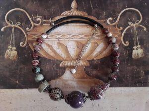 Ожерелья и колье ручной работы Capricho