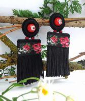 Серьги-гвоздики в вышиванки-черные