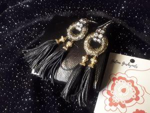 Чёрные сережки Margo