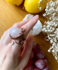 Медное кольцо Медный перстень с розовым кварцем