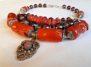Ожерелье из жемчуга Кораловое ожерелье