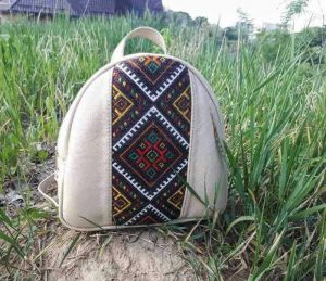 Рюкзачок-ручна вишивка