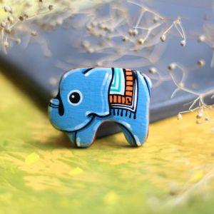 Брошь из дерева Брошь слоник