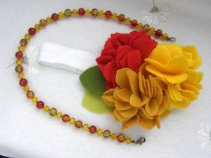 Кармалыцкая Юлия Повязка из фетра в осенних цветах и ожерелье для девочек