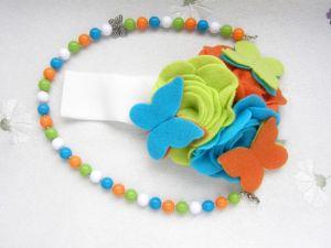 Повязка из фетра с бабочками и ожерелье для девочки