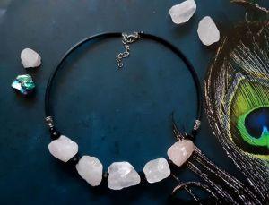 Ожерелья и колье ручной работы Розовые мечты