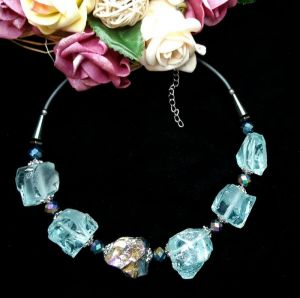 Ожерелья и колье ручной работы Бриз