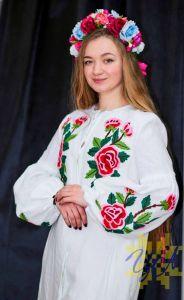 Колода Людмила Платье-кардиган белый лен вышивка тамбурный шов цветные цветы