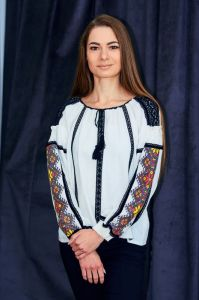 Колода Людмила Рубашка из молочного льна с геометрическим рисунком низинкой