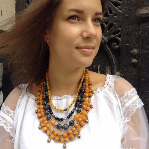 Згарда ожерелье на 5 низок с шелестом