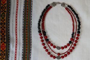 """Ожерелье из красного коралла """"Праздничное"""""""
