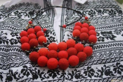 Калиновое ожерелье
