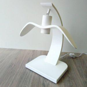 Лампи Дерев`яна настільна лампа. Сучасний дизайн у вигляді птаха. Ручна робота лампи у двох кольорах:білий та лакований натуральний