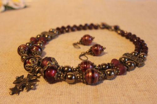 """Ожерелье и серьги с венецианским стеклом """"Гранатовая Венеция"""""""