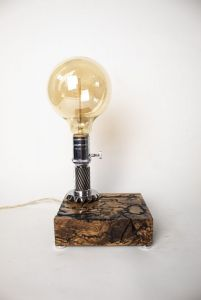 Декор для дома Эксклюзивная настольная лампа Pride&Joy Industrial с фигурами Лихтенберга 01liht